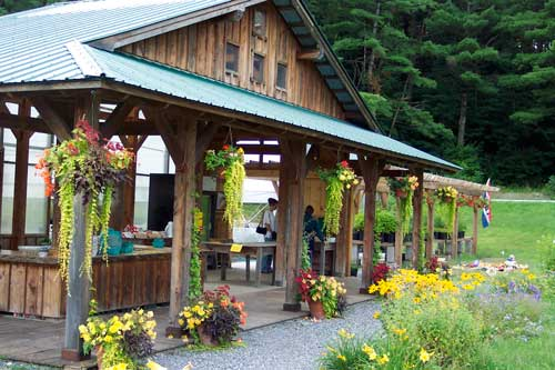 The River Berry Farm farmstand